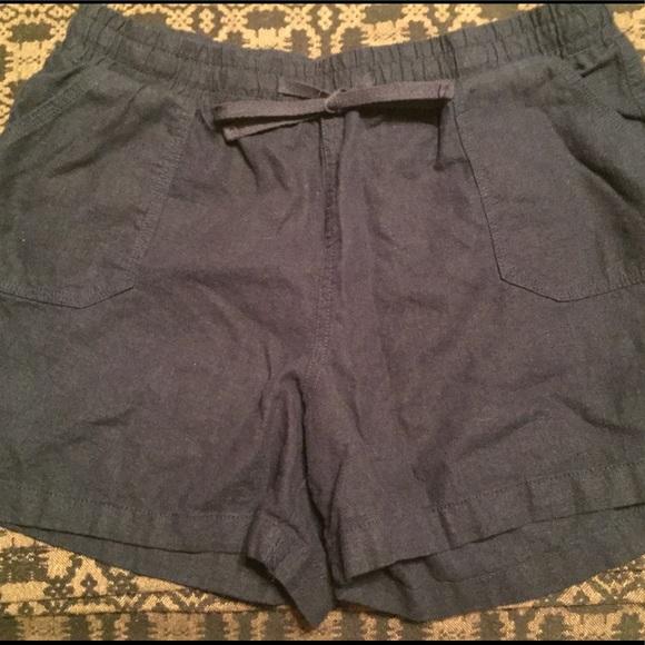 Cato Pants - Linen shorts